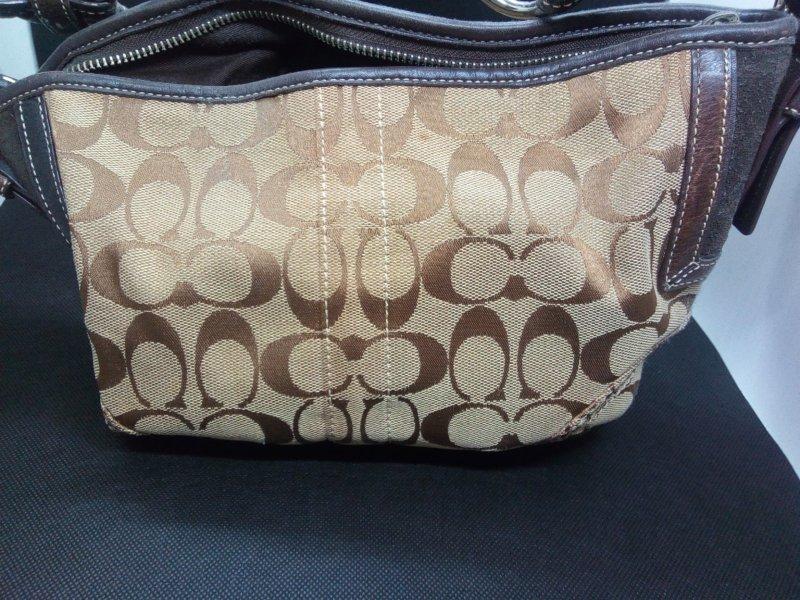 ブランドバッグの購入に中古品の安いものを使うメリットとは?