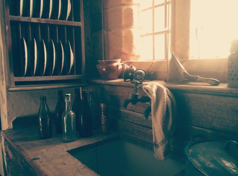 料理中に手・食器・キッチン周辺をなるべく汚さない10の方法